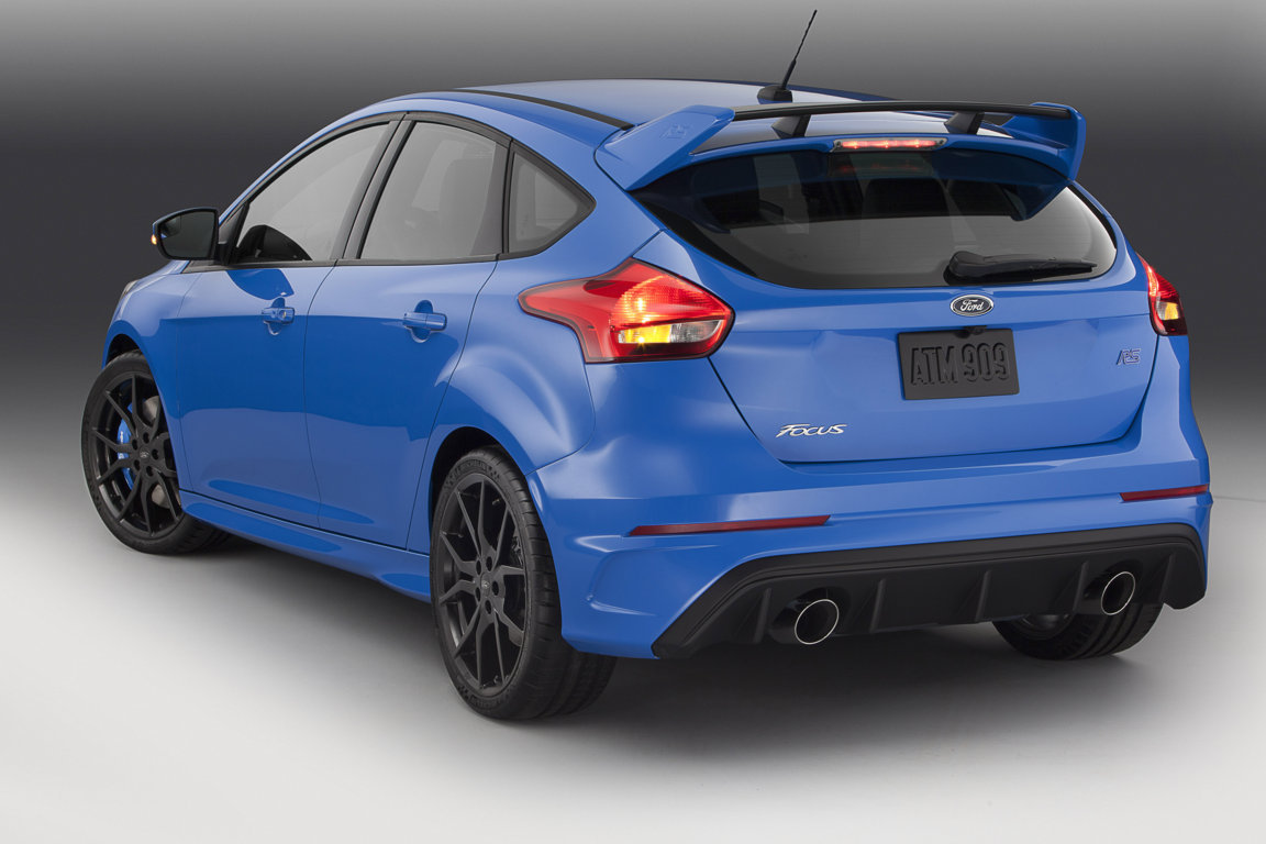 Hinten Ford Focus RS 2015