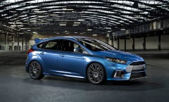 New Ford Focus RS with four-wheel drive and power over 320 hp