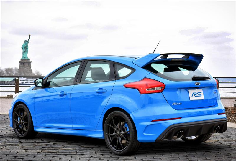 ford focus rs 2016 price performance and specifications. Black Bedroom Furniture Sets. Home Design Ideas