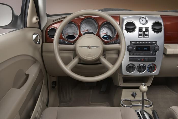 Chrysler PT Cruiser Interior
