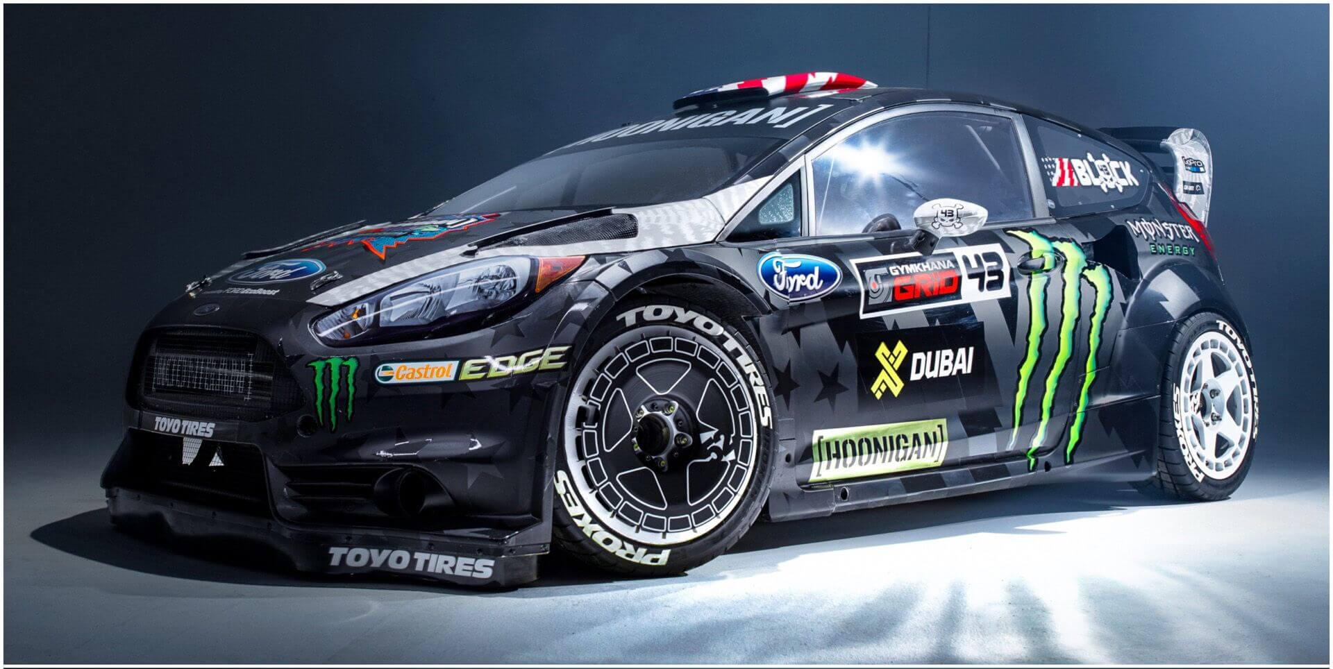 gymkhana 8 ford fiesta st ken block in a luxury dubai. Black Bedroom Furniture Sets. Home Design Ideas