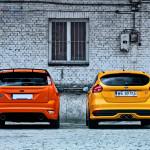 Ford Focus ST porównanie Tyły 01