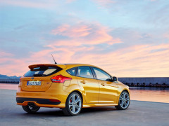 New Ford Focus ST Diesel with Powershift automatic transmission