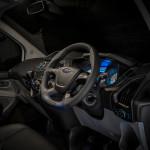 Ciemne Wnętrze Ford Transit M-Sport